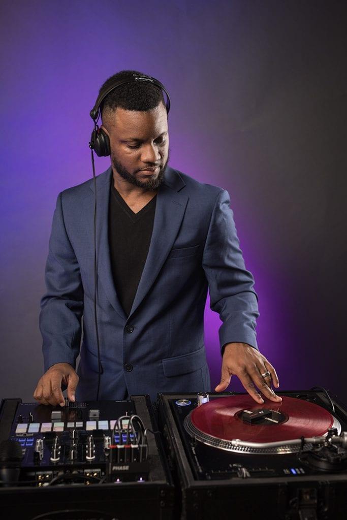 DJ Knightrin Wedding and Corporate Event DJ in the DMV.jpg